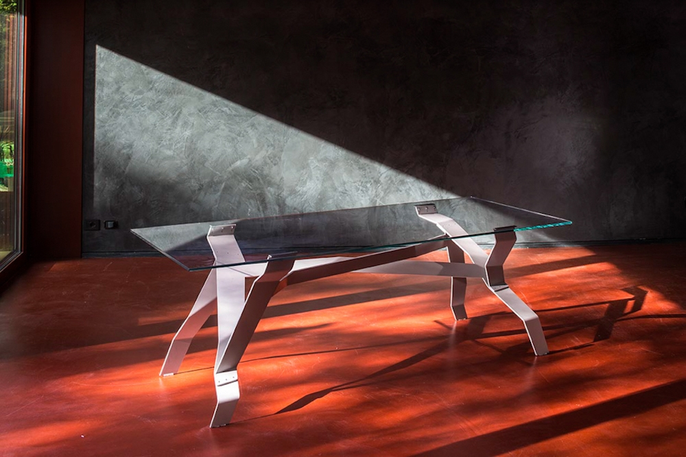 COUNTACH TABLE BY WEISSHAAR & KRAM, 2005